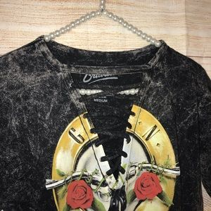 Bravado Tops - Bravado size medium sexy guns and roses t shirt